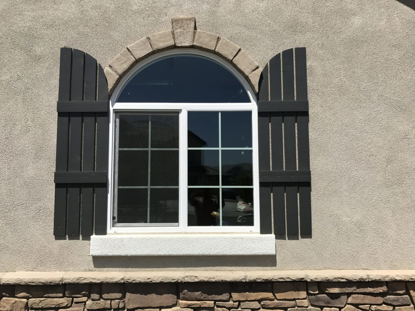 Vinyl Retrofit Windows 92083